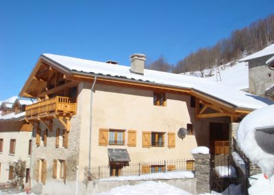 Chalet Le Passeu In Winter