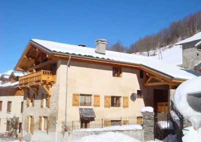 Chalet-Le-Passeu-In-Winter