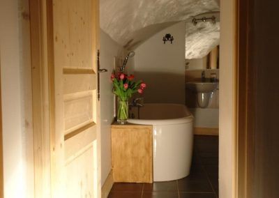 """Cave"" Ensuite Bathroom"