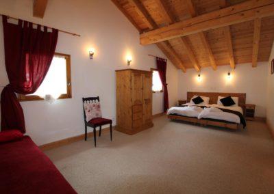 Top Floor Bedroom Sleeps 4